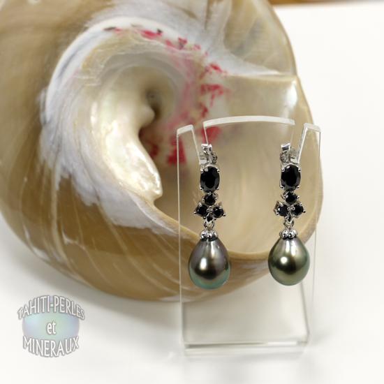 Boucle d'oreille perle noire de tahiti